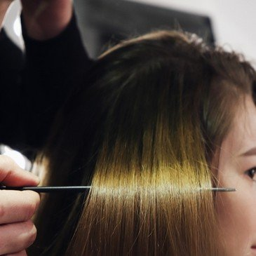 Наращивание волос в салоне красоты Николаева Body&Soul